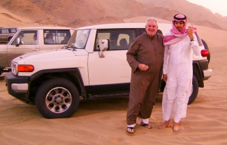 Sam with Ra'id Baty duing their dune bashing escapade in the Saudi desert. (Click on photos to enlarge.)