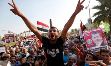 Pro-Morsi Muslim Brotherhood seeks to bolster support for the president.
